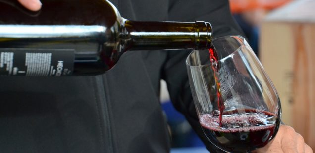 Weinstand auf dem Uria-Hoffest